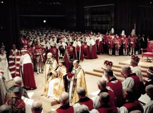 Crowning Queen Elizabeth